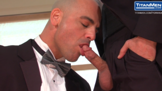 Naked Gay Men Conner Habib ist am Blasen